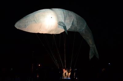 2013_10_27クジラ気球01.jpg